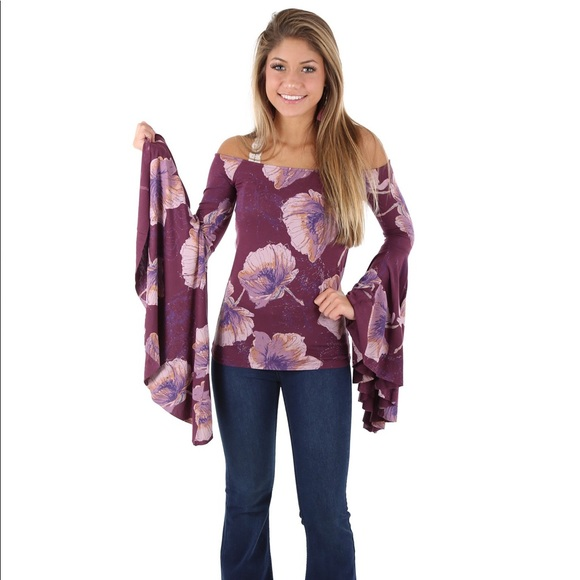 21e37559751c9 NWT FREE PEOPLE BIRDS OF PARADISE TOP in Wine. Boutique